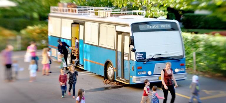 Bus spectacle Momix le grand Voyage